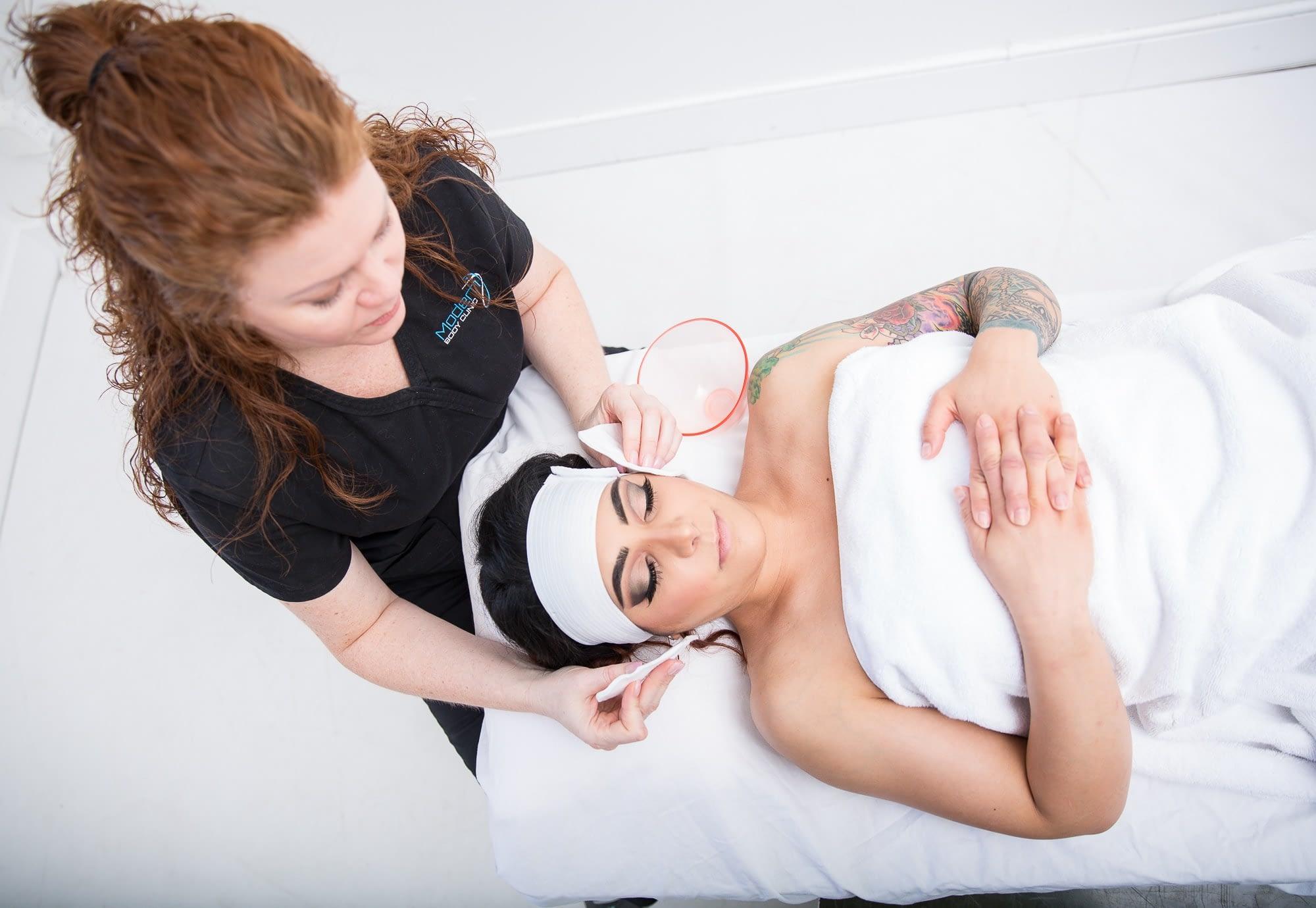 woman getting pelleve treatment